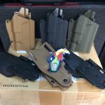 New.📌ซองปืนปลดเร็ว Emersongear 579 GLS Pro-Fit Holster ผลิตจากพลาสติกไนลอน ใช้ระบบล็อคแบบ GLS (ล็อคบริเวณโกร่งไก) สามารถใส่ได้กับปืนมากมายหลายรุ่น ไม่ว่าจะเป็น Glock, Hi-capa, Sig Sauer, beretta, S&W, H&K, Colt, CZ เป็นต้น ข้างในซองมีผ้ากำมะหยีรอง
