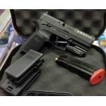 New‼️‼️Olight PL-Mini ‼️🔫sig 320sp ไฟฉายติดปืนขนาด Compact กะทัดรัด ชาร์จในตัวได้ด้วยสายชาร์จแม่เหล็กในชุด แบตภายในตัว มาพร้อมขาจับแบปลดเร็ว ความสว่าง 400 Lumens และถ้าเปิดลากนานๆ จะดรอปแสงลงเหลือ 60 ลูเมนส์ ทำให้ใช้งานได้ต่อเนื่องนานถึง 1ชม. + แน