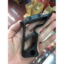 New.Fortis SHIFT Vertical Grip (BK) ราคาพิเศษ