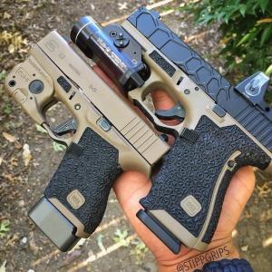 New.ด่วนๆครับ สินค้ามาใหม่ครับ Streamlight TLR-1 Style Weapon Flashlight สีดำ / สีทราย Q5 LED:800LM/60Min Battery:2*CR123A ราคาพิเศษ