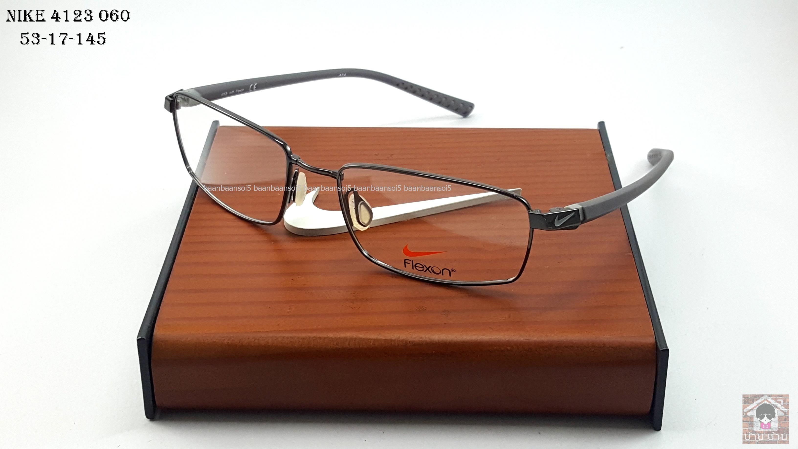 NIKE BRAND ORIGINALแท้ Flexon 4213 060 กรอบแว่นตาพร้อมเลนส์ มัลติโค๊ตHOYA ป้องกันรังสีคอม 5,200 บาท