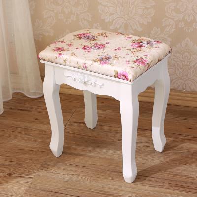 เก้าอี้โต๊ะเครื่องแป้งแนวเจ้าหญิง