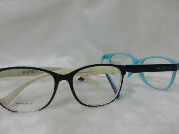 Vintage 88237 โปรโมชั่น กรอบแว่นตาพร้อมเลนส์ HOYA ราคา 790 บาท