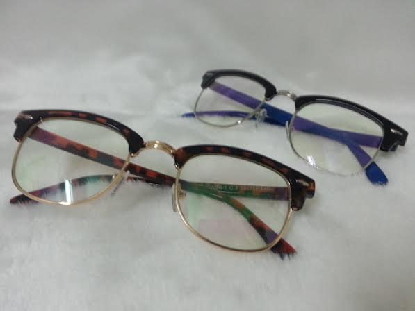 Vintage 2256 โปรโมชั่น กรอบแว่นตาพร้อมเลนส์ HOYA ราคา 790 บาท