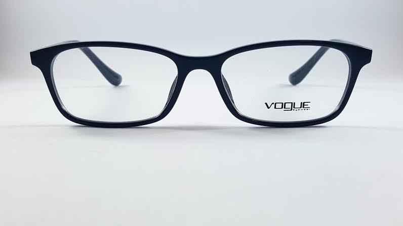 Vogue 5053F W44 โปรโมชั่น กรอบแว่นตาพร้อมเลนส์ HOYA ราคา 2,900 บาท