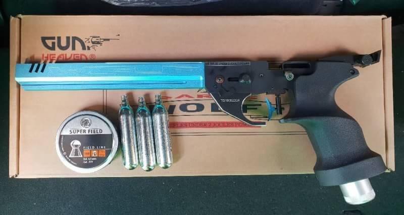 ปืนสั้นทรงแข่งขันWolf .177 Co2 Pellets Pistol Price 10,500฿. ✔แรง 450-490Fps. ✔น้ำหนัก Weight : 875g ✔ความยาว Long: 369mm ✔ระบบ Gas :12g CO2/PcP ✔ยี่ห้อ Brand LISTONE/Wolf/Victor ✔ระบบขึ้นลำยิงทีละนัด Slide : Fixs