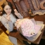 ช่อกุหลาบสีขาวอมชมพู พร้อมหมีคู่รัก thumbnail 1