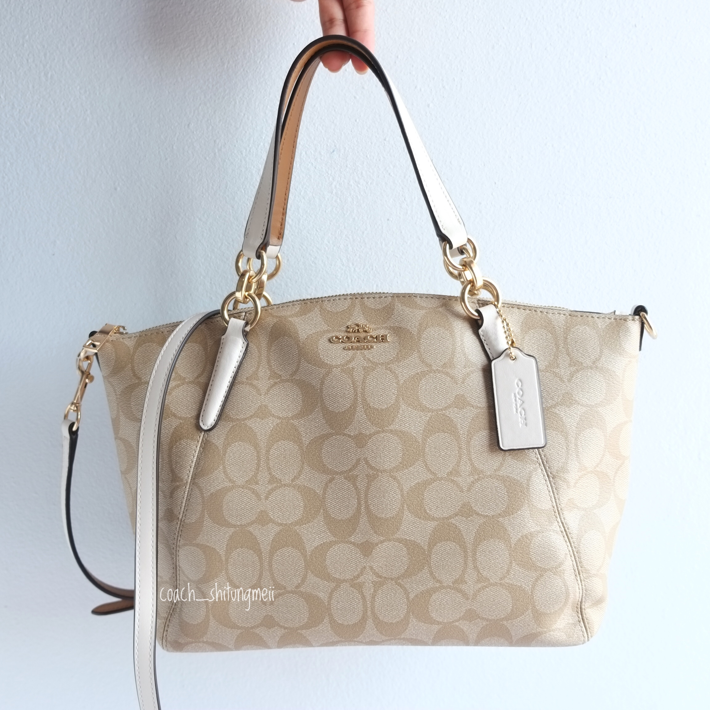 22fc58c71 พร้อมส่ง COACH f28989 SMALL KELSEY SATCHEL IN SIGNATURE CANVAS - CHALK