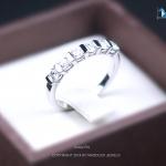 แหวนเงินแท้ เพชรสังเคราะห์ ชุบทองคำขาว รุ่น RG1454 Sixie