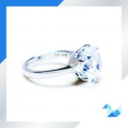 แหวนเงินแท้ เพชรสังเคราะห์ ชุบทองคำขาว รุ่น RG1609 6 ct RG