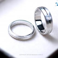 แหวนคู่รักเงินแท้ เพชรสังเคราะห์ ชุบทองคำขาว รุ่น LV14471448 Stripe Plain B&G