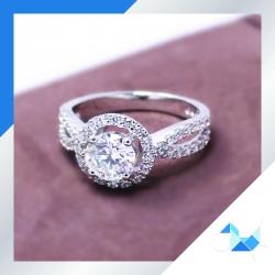 แหวนเงินแท้ เพชรสังเคราะห์ ชุบทองคำขาว รุ่น RG1608 0.80 Maxi frink
