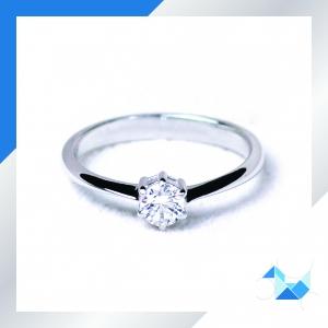 แหวนเงินแท้ เพชรสังเคราะห์ ชุบทองคำขาว รุ่น RG1501 0.23 Carat